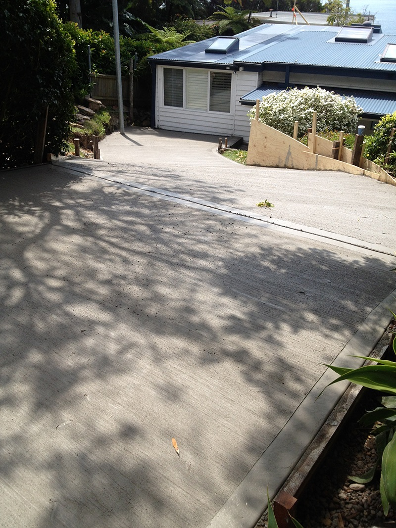 Palm Beach Driveway Plain Concrete Broom Finish